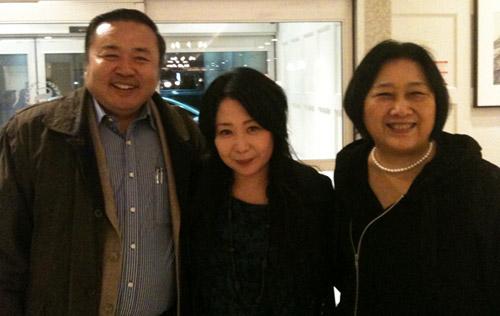 2013年10月カナダトロントにて。左から中国政治評論家李偉東氏、古川郁絵、 ジャーナリスト高瑜氏。